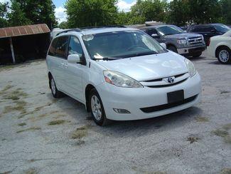 2008 Toyota Sienna XLE Limited FWD San Antonio, Texas 3