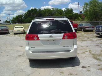 2008 Toyota Sienna XLE Limited FWD San Antonio, Texas 6