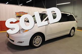 2008 Toyota Sienna XLE Ltd in West Chicago, Illinois