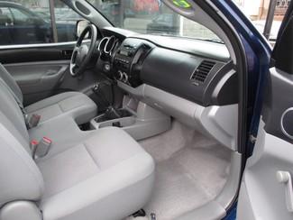 2008 Toyota Tacoma Milwaukee, Wisconsin 9