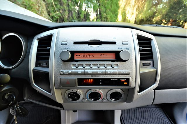 2008 Toyota Tacoma PreRunner Reseda, CA 10