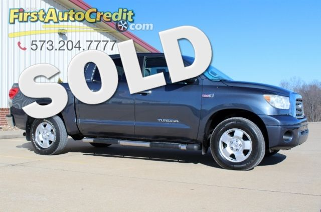 2008 Toyota Tundra LTD | Jackson , MO | First Auto Credit in Jackson  MO