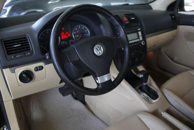 2008 Volkswagen Jetta SEL - SUNROOF - HEATED LEATHER! Mooresville , NC 26