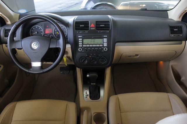 2008 Volkswagen Jetta SEL - SUNROOF - HEATED LEATHER! Mooresville , NC 25