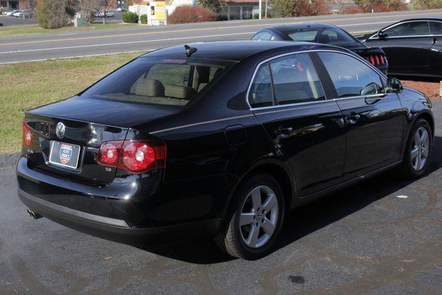 2008 Volkswagen Jetta SEL - SUNROOF - HEATED LEATHER! Mooresville , NC 23