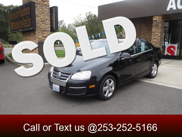 2008 Volkswagen Jetta SE The CARFAX Buy Back Guarantee that comes with this vehicle means that you
