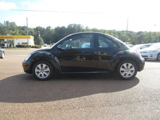 2008 Volkswagen New Beetle S Batesville, Mississippi 2