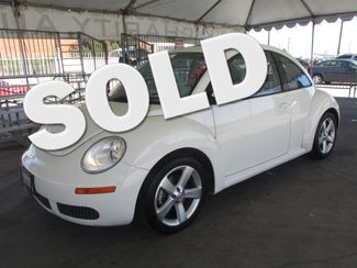 2008 Volkswagen New Beetle Triple White Gardena, California