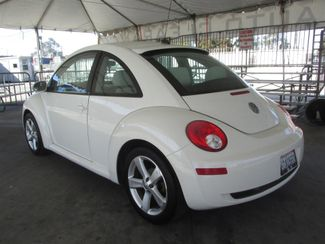 2008 Volkswagen New Beetle Triple White Gardena, California 1