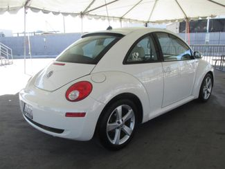 2008 Volkswagen New Beetle Triple White Gardena, California 2