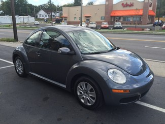 2008 Volkswagen New Beetle S Knoxville , Tennessee