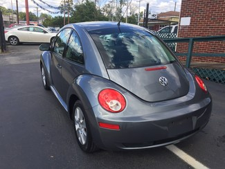 2008 Volkswagen New Beetle S Knoxville , Tennessee 28