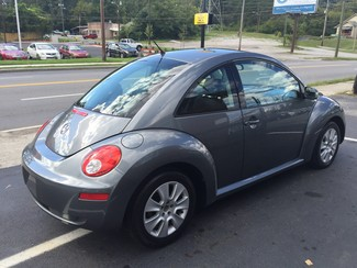 2008 Volkswagen New Beetle S Knoxville , Tennessee 33