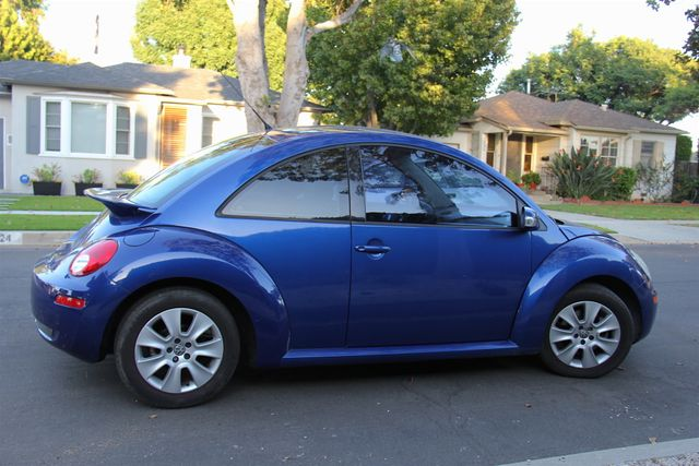2008 Volkswagen New Beetle S Reseda, CA 9