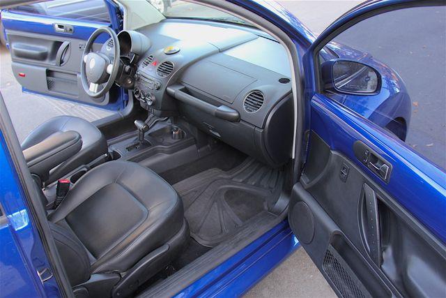 2008 Volkswagen New Beetle S Reseda, CA 11
