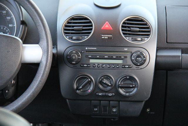 2008 Volkswagen New Beetle S Reseda, CA 17