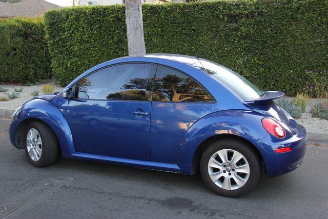 2008 Volkswagen New Beetle S Reseda, CA 3