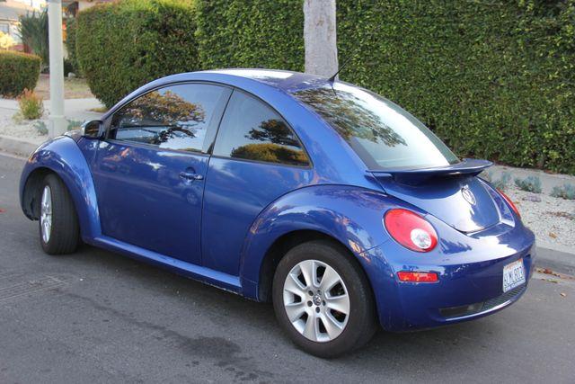 2008 Volkswagen New Beetle S Reseda, CA 4