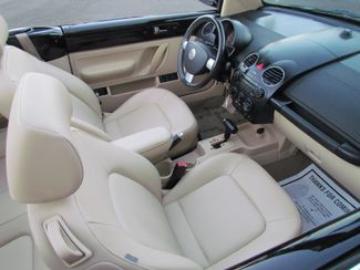 2008 Volkswagen New Beetle Convertible SE LOW LOW Miles 52K Sacramento, CA 14