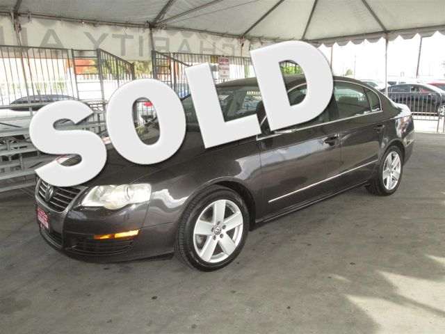 2008 Volkswagen Passat Sedan Komfort Please call or e-mail to check availability All of our veh