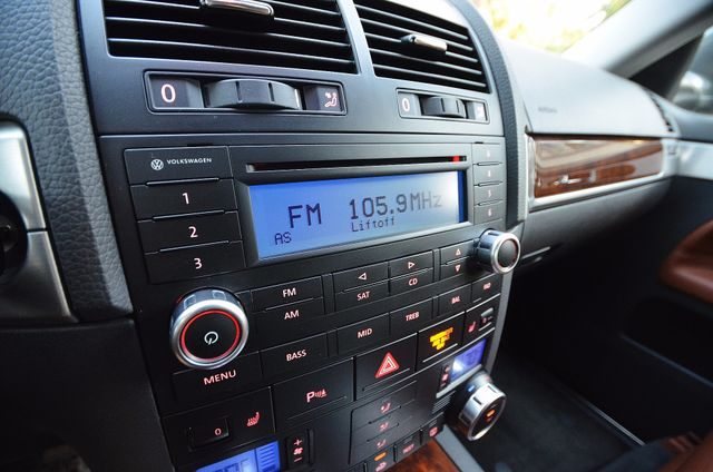 2008 Volkswagen Touareg 2 V8 Reseda, CA 8