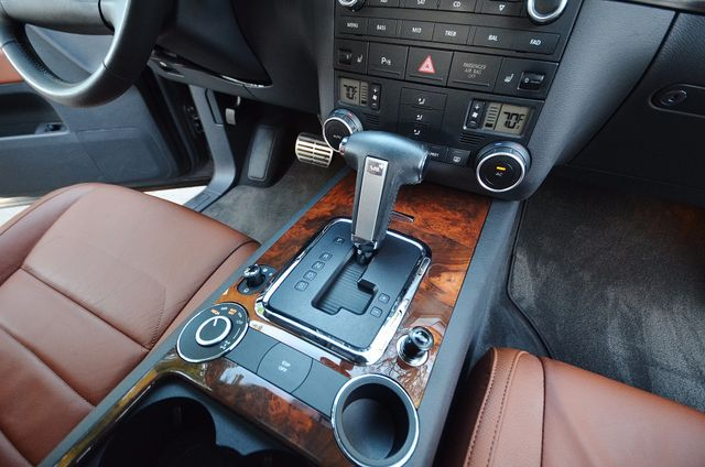 2008 Volkswagen Touareg 2 V8 Reseda, CA 25