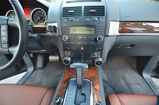2008 Volkswagen Touareg 2 V8 Reseda, CA 27