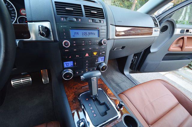 2008 Volkswagen Touareg 2 V8 Reseda, CA 30