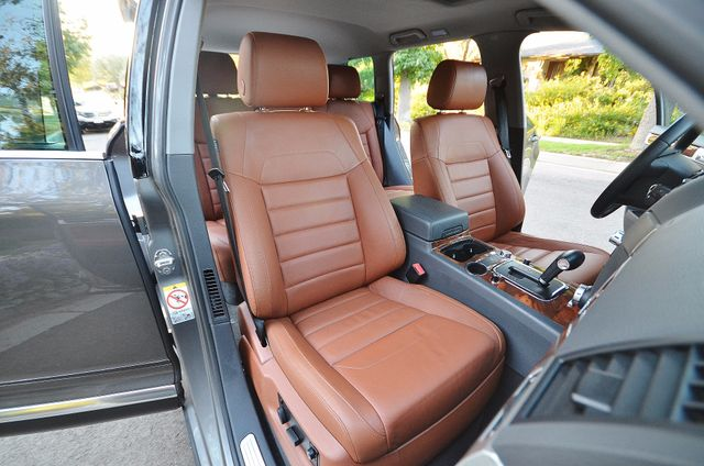 2008 Volkswagen Touareg 2 V8 Reseda, CA 32
