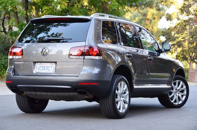 2008 Volkswagen Touareg 2 V8 Reseda, CA 7