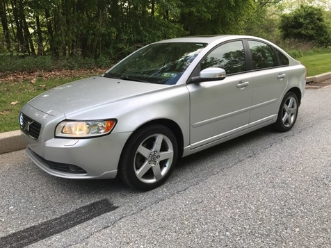2008 Volvo S40 2.4L  | Malvern, PA | Wolfe Automotive Inc. in Malvern, PA