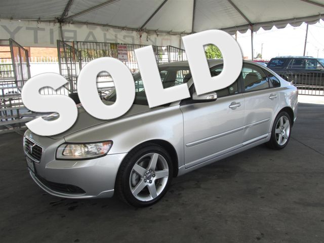 2008 Volvo S40 24L wSnrf Please call or e-mail to check availability All of our vehicles are