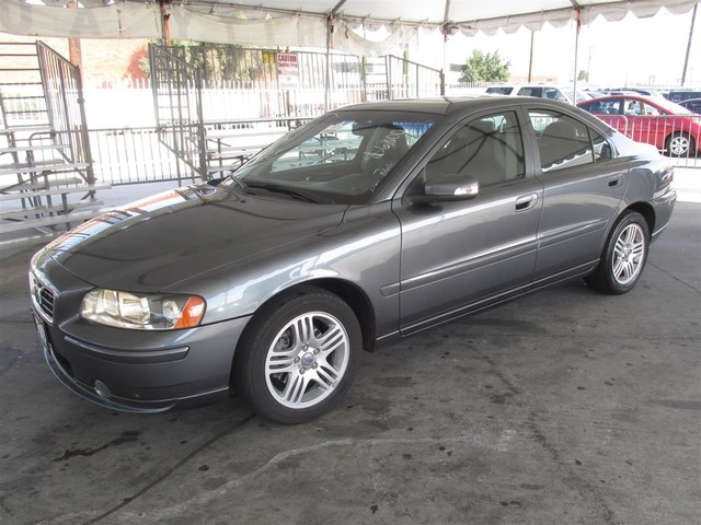 2008 Volvo S60 25T wSnrf Please call or e-mail to check availability All of our vehicles are