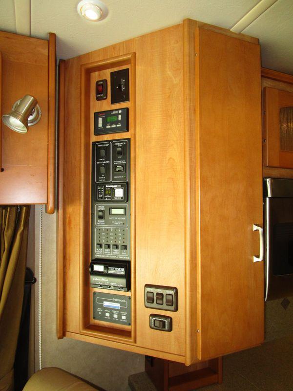 2008 Winnebago Tour  40TD   in Charleston, SC