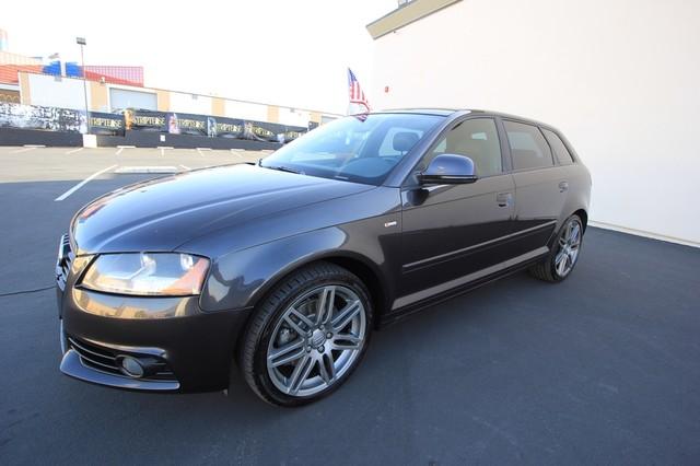 2009 Audi A3* TITANIUM PKG* S LINE* RARE MANUAL* LEATHER S Line* PANO ROOF* BOSE* WONT LAST Las Vegas, Nevada 0