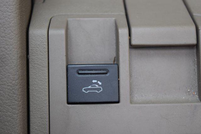 2009 Audi A4 2.0T Cabriolet Richmond Hill, New York 25