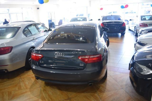 2009 Audi A5 2dr Cpe Richmond Hill, New York 3