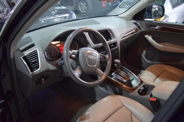 2009 Audi Q5 Premium Plus Richmond Hill, New York 11