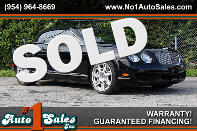 2009 Bentley Continental GTC  CARFAX CERTIFIED AUTOCHECK CERTIFIED LIKE NEW LOW MILES TRADE