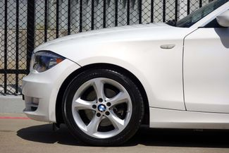 2009 BMW 128i Sunroof * FRESH SERVICE * White/Beige * AUTOMATIC Plano, Texas 28