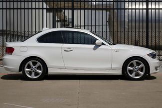 2009 BMW 128i Sunroof * FRESH SERVICE * White/Beige * AUTOMATIC Plano, Texas 2