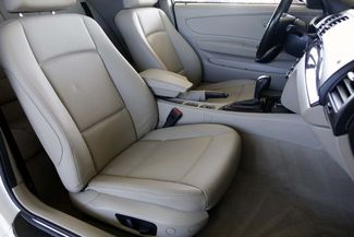 2009 BMW 128i Sunroof * FRESH SERVICE * White/Beige * AUTOMATIC Plano, Texas 13