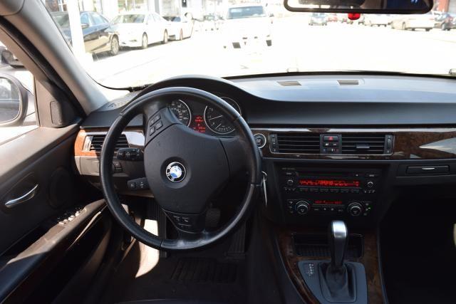 2009 BMW 328i 4dr Sdn 328i RWD SULEV Richmond Hill, New York 7