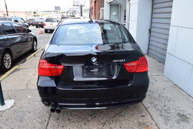 2009 BMW 328i 4dr Sdn 328i RWD SULEV South Africa Richmond Hill, New York 4