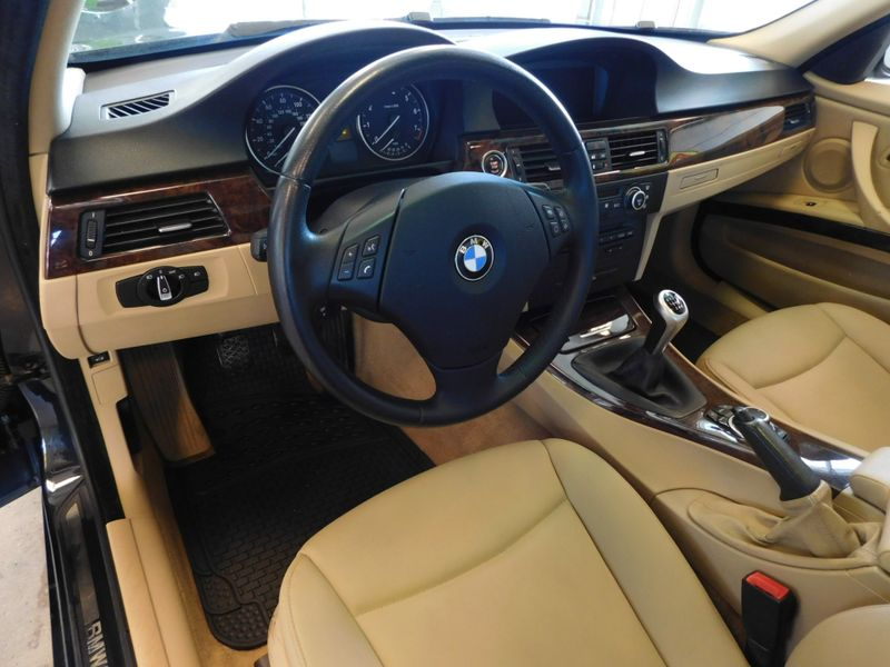 2009 BMW 328i xDrive XI  city TN  Doug Justus Auto Center Inc  in Airport Motor Mile ( Metro Knoxville ), TN