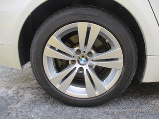 2009 BMW 528i Saint Ann, MO 18