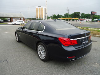 2009 BMW 750i luxury Charlotte, North Carolina 4