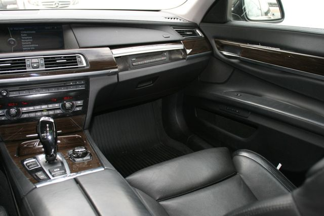 2009 BMW 750Li Houston, Texas 10