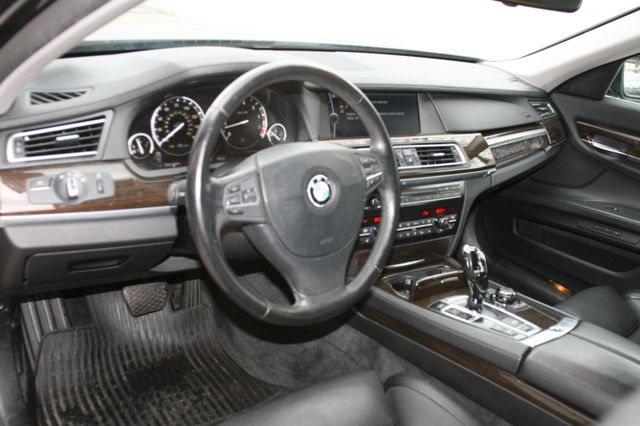 2009 BMW 750Li Houston, Texas 14