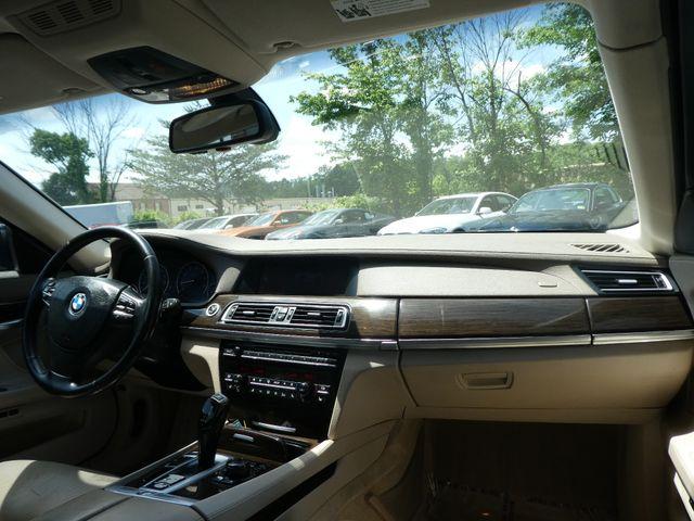 2009 BMW 750Li Leesburg, Virginia 17